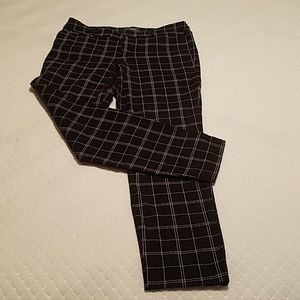 Old Navy Ladies Stretch Ankle Pants